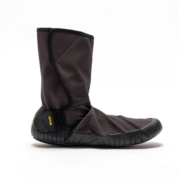 Vibram_Furoshiki_New_yorker_side